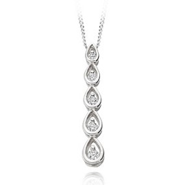 Five diamond pendant
